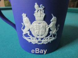 1937 Wedgwood EDWARD VIII Coronation Mug BLUE JASPERWARE RARE 4 x 4 cameo