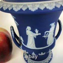 19th Century Wedgwood Dark Blue Jasperware Covered Urn Jar