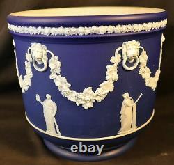 19th Century Wedgwood Dark Blue & White Jasperware Neoclassical Cachepot