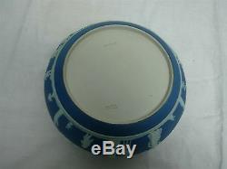 ANTIQUE WEDGWOOD DARK BLUE JASPERWARE 9 1/4 BOWL with SILVERPLATE TOP EDGE