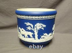 Adams Tunstall Fox Hunting Navy Blue Jasperware Plant Pot Planter 7.5 Tall