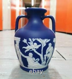 Antique Large 7 Wedgwood dark blue jasperware classical portland vase Jasper