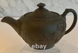 Antique Wedgwood Black Basalt Etruscan Jasperware Teapot mid 19th Century