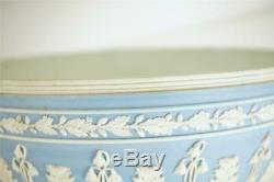 Antique Wedgwood Blue Jaspeware Acanthus Leaf Bowl