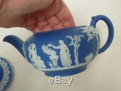 Antique Wedgwood England Dark Blue Jasperware Covered Teapot 4 1/4 High