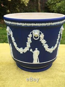Antique Wedgwood dark blue dip Jasperware cache pot planter Jardiniere large
