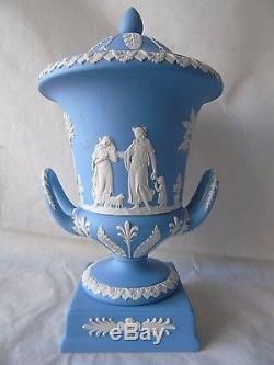 Boxed Large Wedgwood White on Pale Blue Jasperware Campana Urn Vase & Cover 12