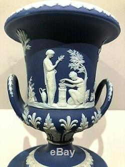 C. 1891 Wedgwood Jasperware Coblat Blue Drum Base Campana Vase #495 Mint
