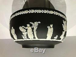 C.'73 Wedgwood Jasperware White On Black 8 Sacrifice Bowl Stunning & Mint