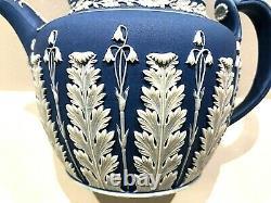 C1820-40 Wedgwood Jasperware Cobalt Blue Acanthus Teapot Rare Clean Lovely