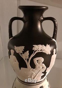 Circa 1850 WEDGWOOD Large 10.25 Black Dip Jasperware Portland Vase