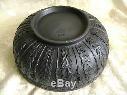 Exquisite Wedgwood Black Basalt Jasperware 10 Centerpiece Bowl