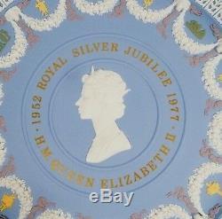 Limited Ed. WEDGWOOD 5 COLOUR JASPERWARE Plate QUEEN ELIZABETH SILVER JUBILEE