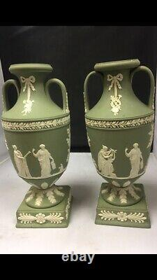 Pair Of Wedgwood Jasper Twin Handled Bolted Trophy Vases 1955 9 High -VGC