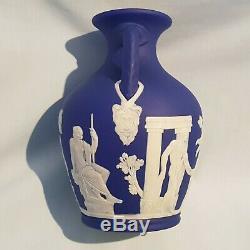 Price Reduced Wedgwood 6 (15cm)dark Blue Jasperware Portland Vase Circa 1910