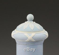RARE 19th C. WEDGWOOD THREE COLOR JASPERWARE DIP BARBER BOTTLE AND COVER COVER