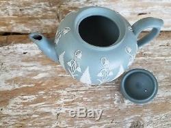 Rare Antique Wedgwood Jasperware Tea Pot Bell Flowers Fern Leaf Blue-Green Solid