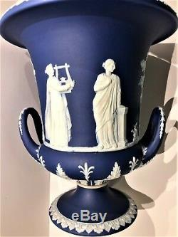 Rare C. 1891 Wedgwood Jasper Cobalt Blue Lidded Urn Campana 13.75 x 8.00