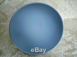 Rare Lovely Wedgwood White On Blue Jasperware Round Acorn Box And Pedestal Bowl