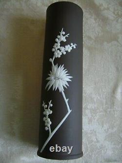 Rare Wedgwood Dark Taupe Brown Jasperware 9 Spill Vase With Prunus Blossoms