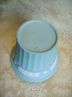 Rare Wedgwood Turquoise Blue Jasperware Jardeniere Cache Pot Mint