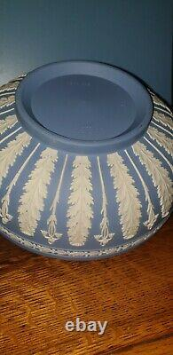 Rare Wedgwoods Blue Jasper Acanthus Bowl Prestige Ware