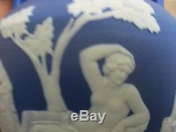 Stunning Victorian Wedgwood Jasper Ware Portland Blue Vase