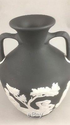Stunning Wedgwood Jasperware Prestige Portland Vase 2007 Stock, Brand New
