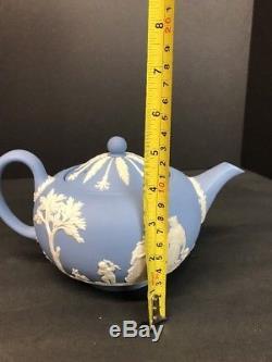 VTG Wedgwood England Blue & White Jasperware Large Teapot 5 in Tall England
