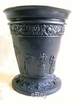 Very Large Antique 1894 Wedgwood Black Jasper Ware Arcadian Vase With Frog