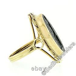 Vintage 14k Gold Oval Intaglio Carved Gray Wedgwood Jasperware Rope Frame Ring