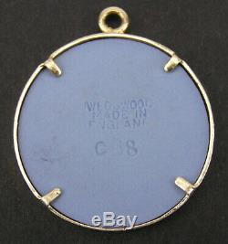 Vintage 14k Gold Wedgwood Jasperware Tri-color Black Blue Medallion Pendant