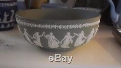Vintage Green Wedgwood Jasperware Dancing Hours Sacrifice Bowl 10 1/4 Excellent