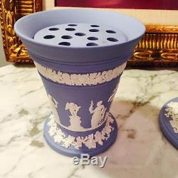 Vintage Rare Set Of Two Wedgwood Jasperware Flared Vases With Frog Inserts