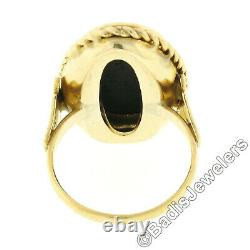 Vintage Wedgwood 14k Gold Oval Bezel Jasperware with Fairy Cameo Twisted Wire Ring