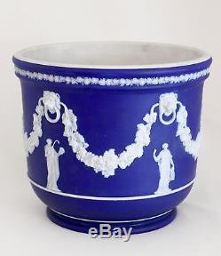 WEDGWOOD JASPERWARE COBALT BLUE DIP JARDINIERE CACHEPOT 6.25X7.5 Muses c. 1883