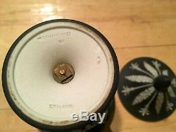 WEDGWOOD Jasperware Rare Black Dip 6.5 Campana Urn Vase Handles Lid 1900 NICE