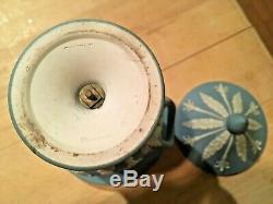 WEDGWOOD Jasperware Rare Blue Dip 6.5 Campana Urn Vase Handles Lid 1900 NICE