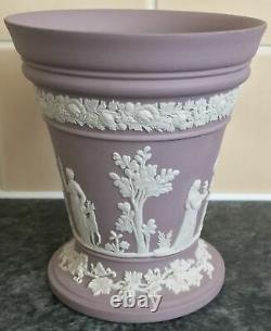 WEDGWOOD LILAC JASPERWARE porcelain flower arranging VASE with FROG