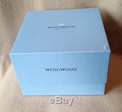 WEDGWOOD ROYALTY QUEEN ELIZABETH 40th ANNIVERSARY DARK BLUE JASPERWARE BOWL 1992