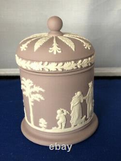 WEDGWOOD WHITE On LILAC JASPERWARE ROUND LIDDED OLYMPUS TOBACCO CIGARETTE JAR