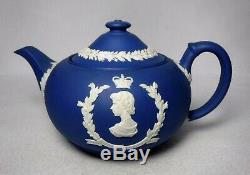 WEDGWOOD china Royal Blue Jasperware QUEEN ELIZABETH Coronation Teapot 3 cup