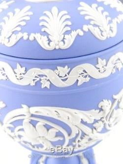 Wedgwood England JASPERWARE BLUE ARABESQUE VASE URN CUPID CHERUB LID Rare