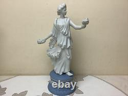 Wedgwood Jasper Figurine The Dancing Hours Collection Floral Posy Number 1548