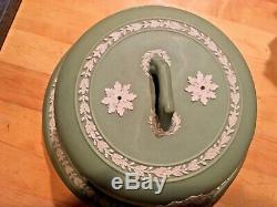 Wedgwood Jasperware Antique Green Cake/Cheese 10 Plate w Dome Lid pre1890 NICE