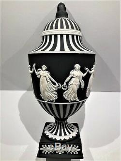 Wedgwood Jasperware Black Dancing Hours/engine Turning Pedestal Vase C. 1955