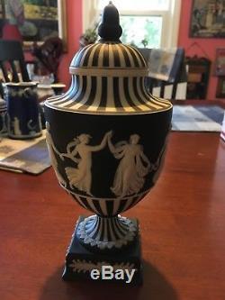 Wedgwood Jasperware Black & White Striped Dancing Hours 9.5 Urn with lid NICE