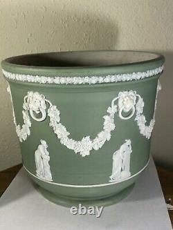 Wedgwood Jasperware Celadon Cache Pot or Planter 7 1/8 Asterisk Mark Antique
