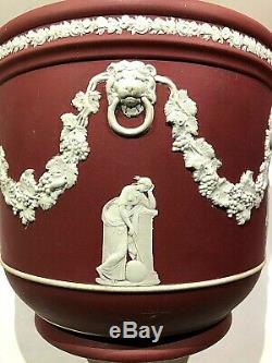 Wedgwood Jasperware Crimson Jardinieres Great Muses 6.5 X 7.50 Nice Piece