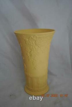 Wedgwood Jasperware Large Doric Ivy Cane Vase